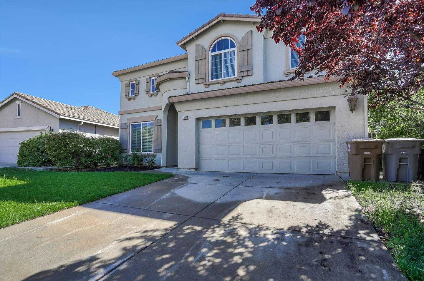 $548,000 - 4Br/4Ba -  for Sale in Elk Grove
