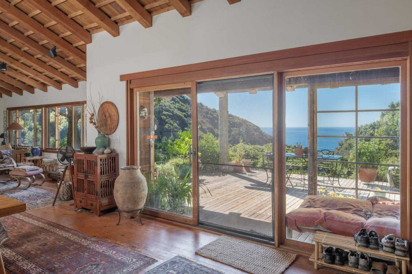 $3,100,000 - 3Br/3Ba -  for Sale in Big Sur