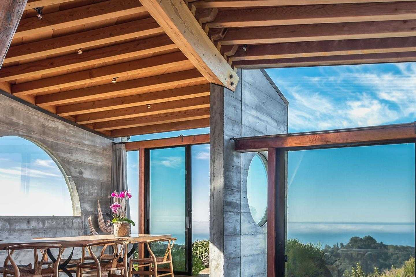 $4,895,000 - 2Br/3Ba -  for Sale in Big Sur
