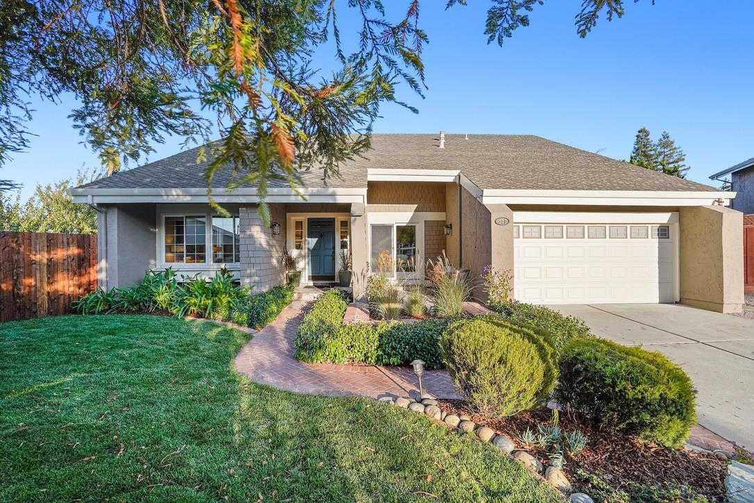 $2,600,000 - 5Br/3Ba -  for Sale in Redwood City