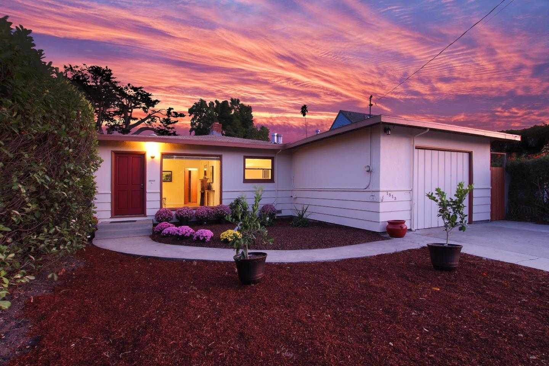$995,000 - 3Br/2Ba -  for Sale in Santa Cruz