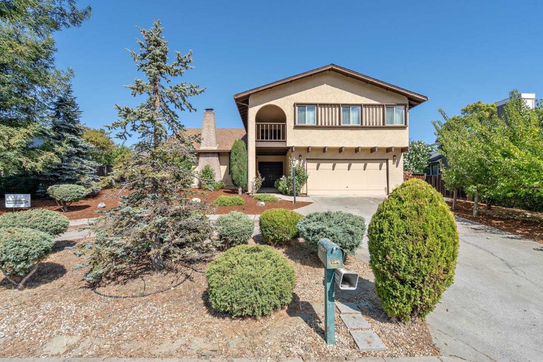 $2,998,000 - 5Br/3Ba -  for Sale in Los Altos