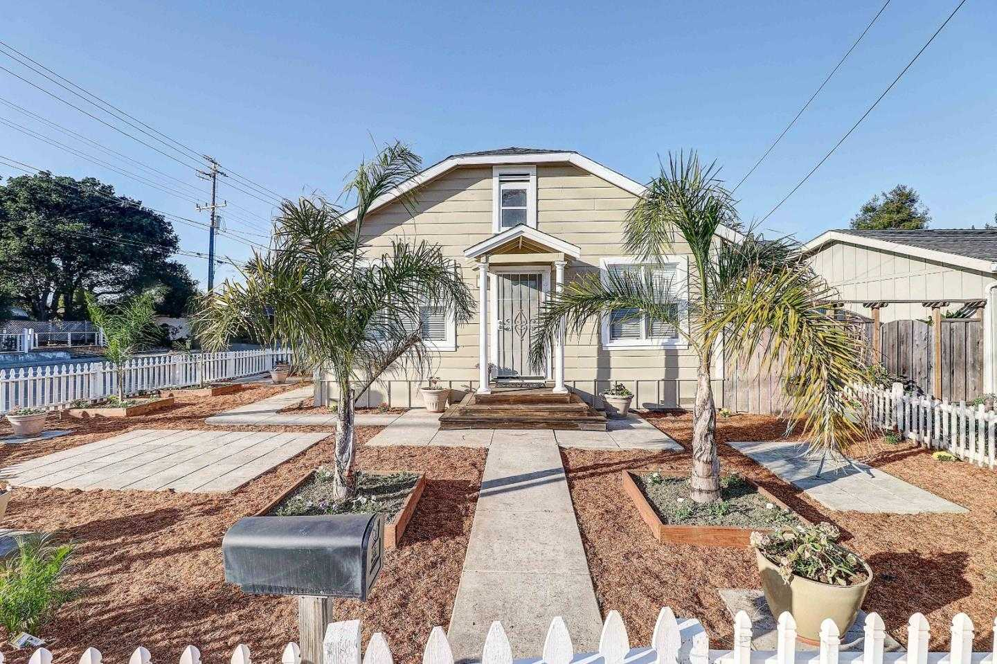 $779,000 - 3Br/1Ba -  for Sale in Santa Cruz