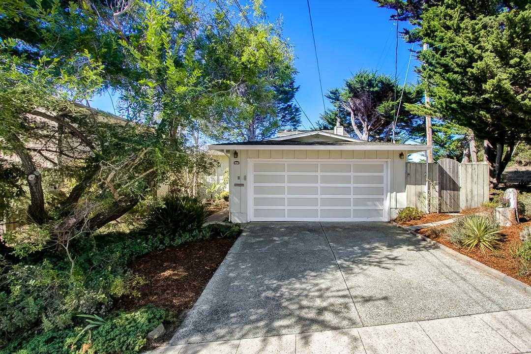 $1,198,000 - 5Br/3Ba -  for Sale in Pacifica