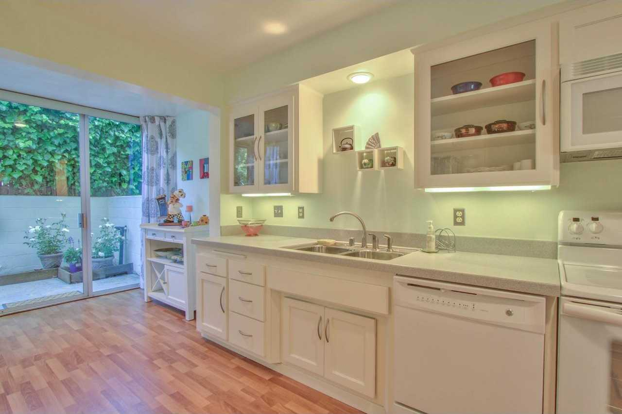 $548,000 - 1Br/1Ba -  for Sale in Pacific Grove