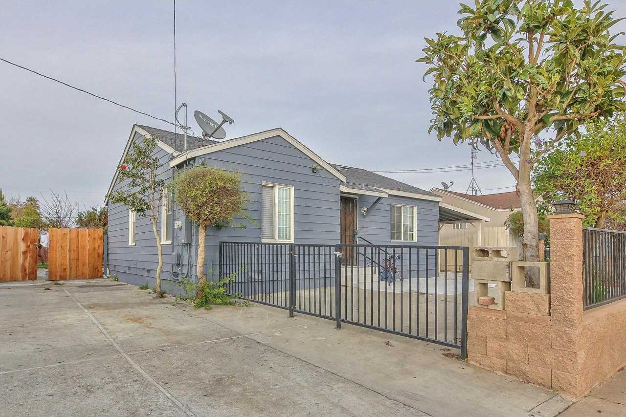 $420,000 - 2Br/1Ba -  for Sale in Salinas