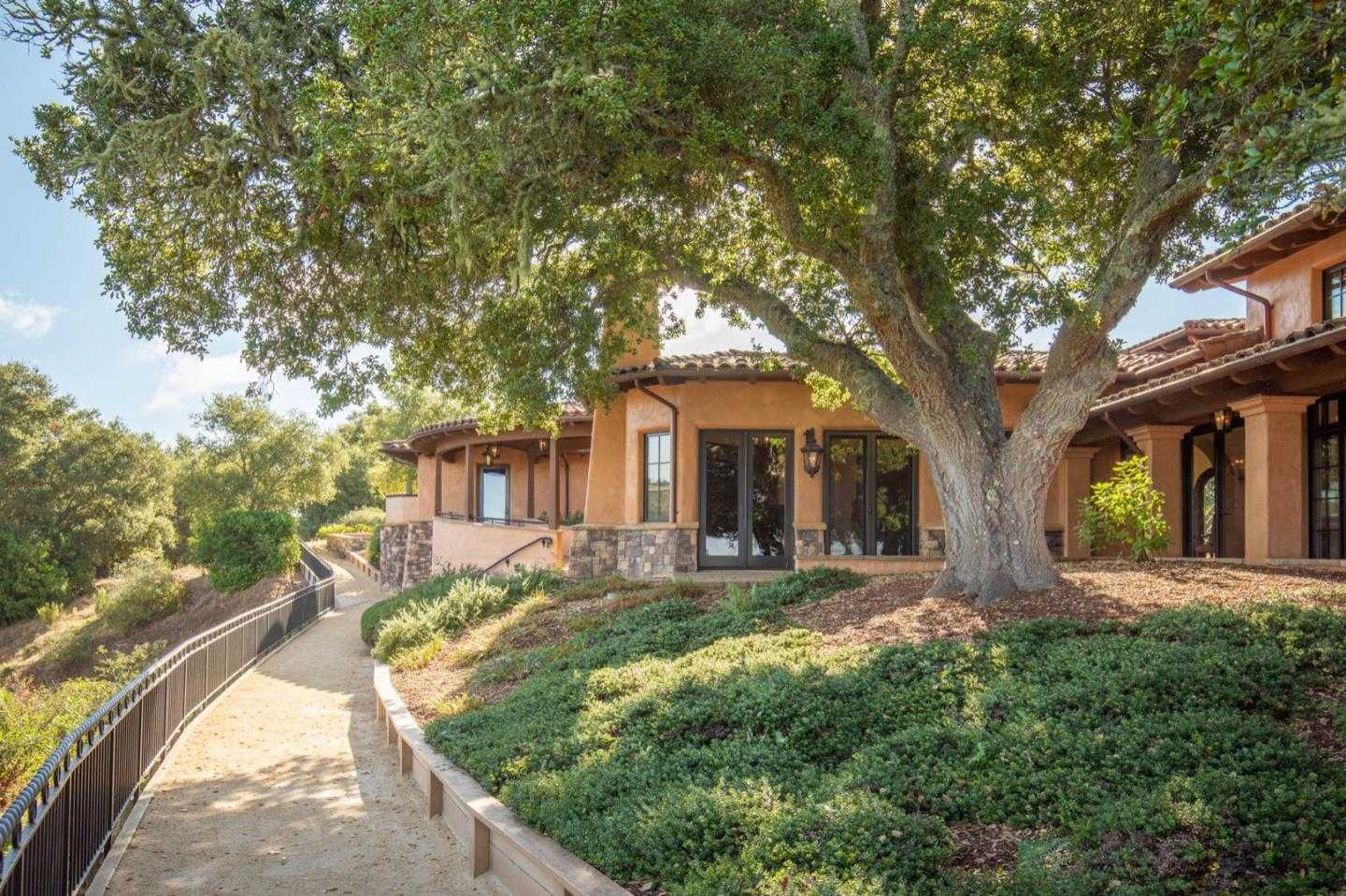 $4,669,000 - 4Br/5Ba -  for Sale in Carmel
