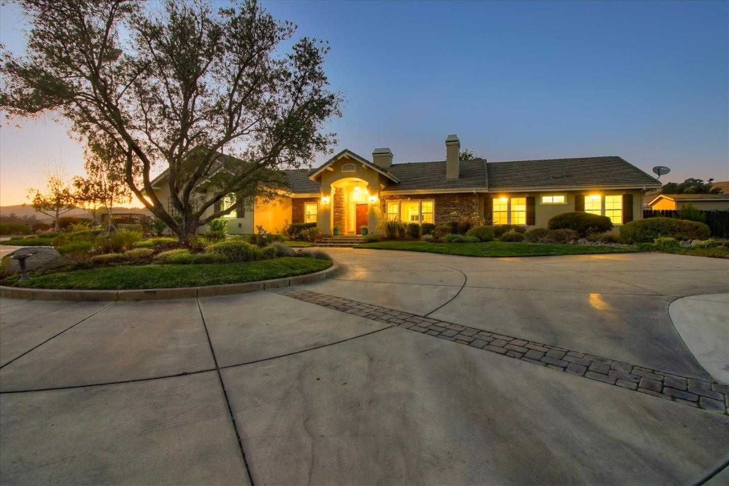 $2,290,000 - 6Br/6Ba -  for Sale in Salinas