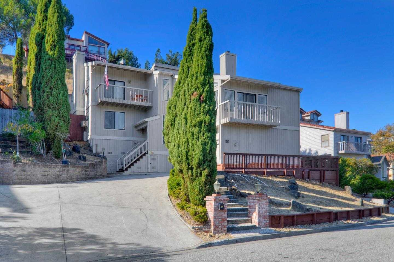 $1,998,000 - 4Br/3Ba -  for Sale in San Carlos