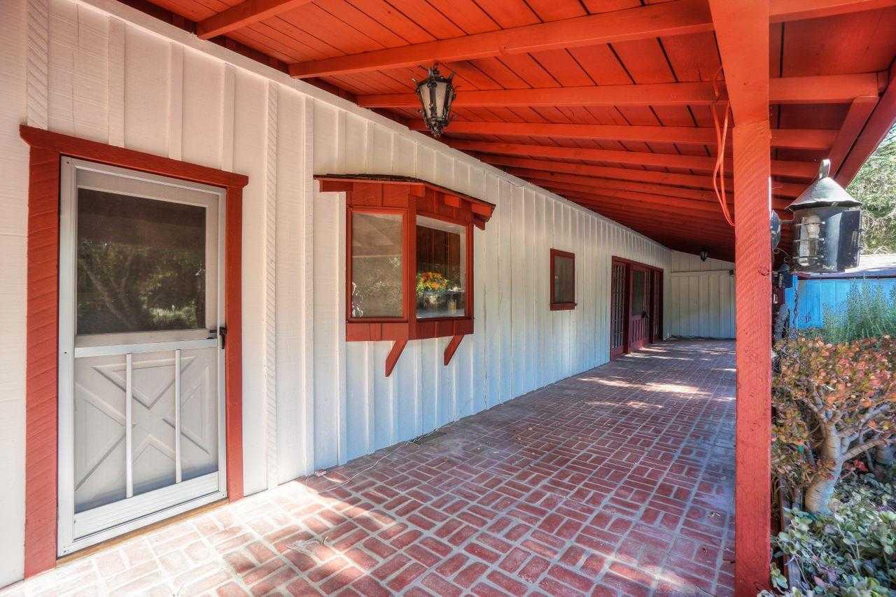 $999,000 - 4Br/3Ba -  for Sale in Carmel Valley