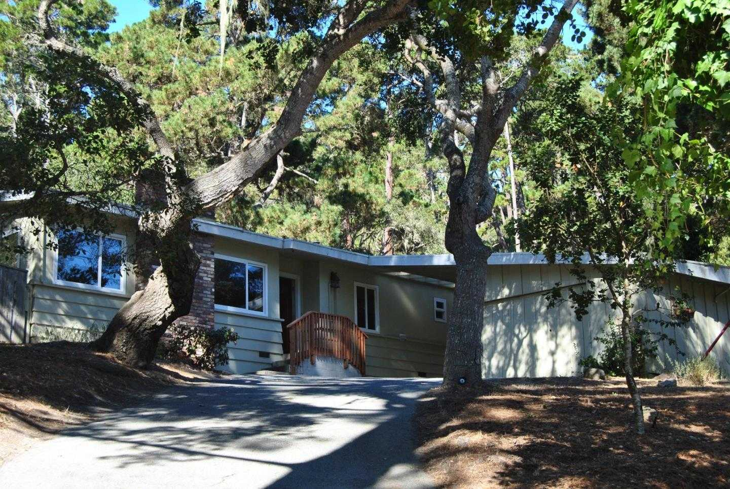 $825,000 - 4Br/3Ba -  for Sale in Monterey