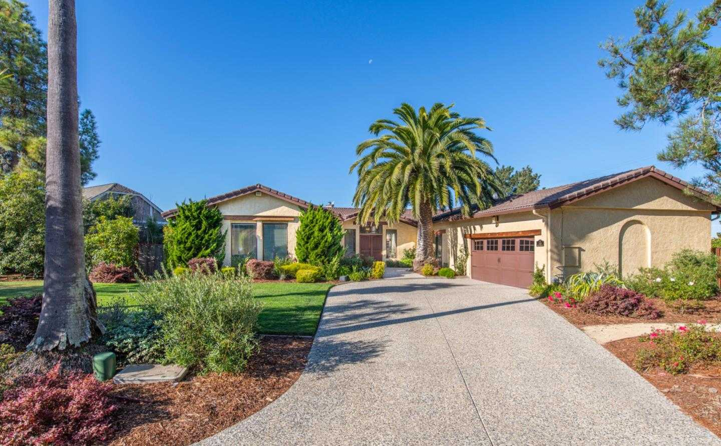 $1,599,000 - 4Br/3Ba -  for Sale in Half Moon Bay