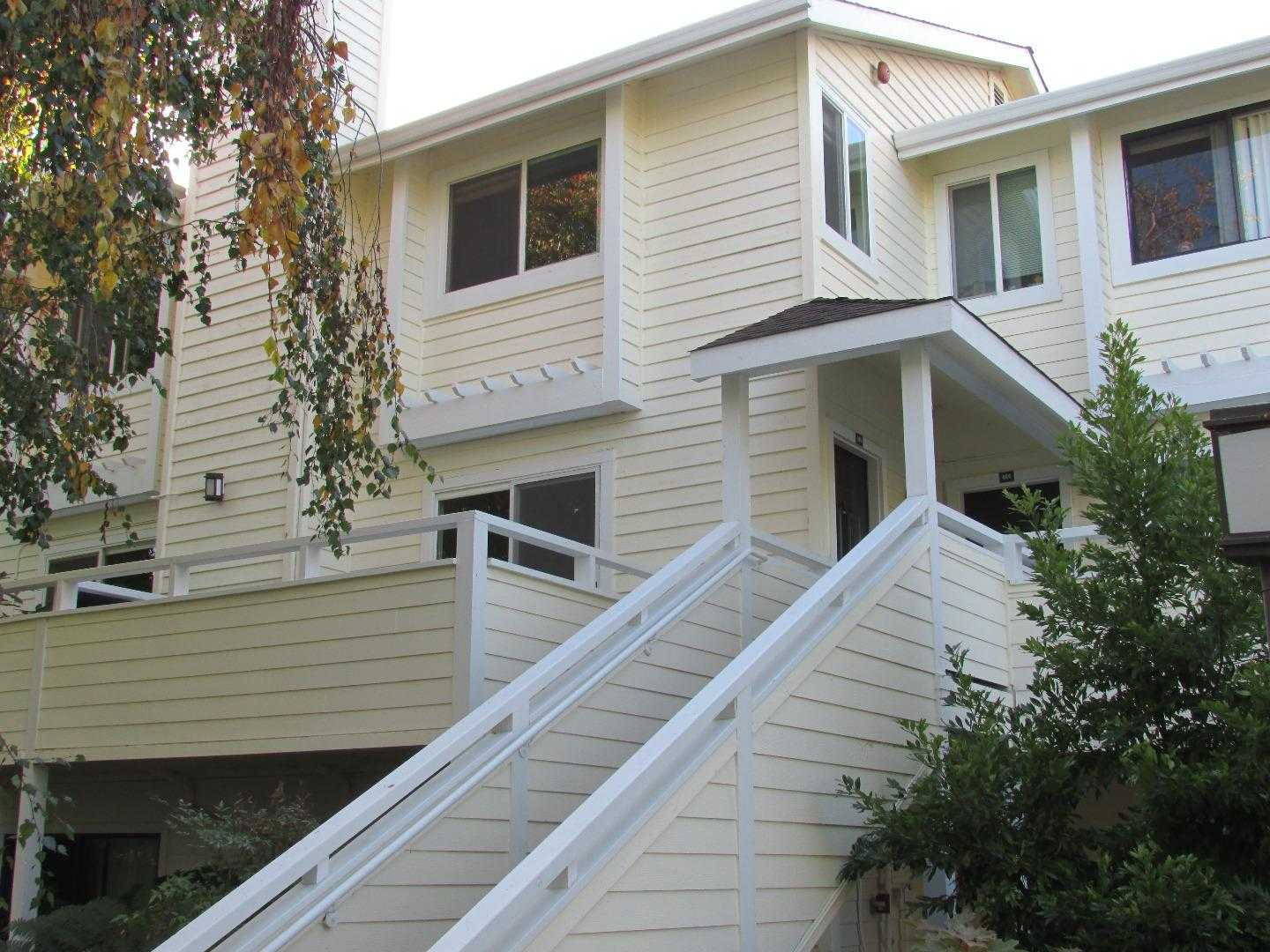 $605,000 - 2Br/3Ba -  for Sale in Santa Cruz
