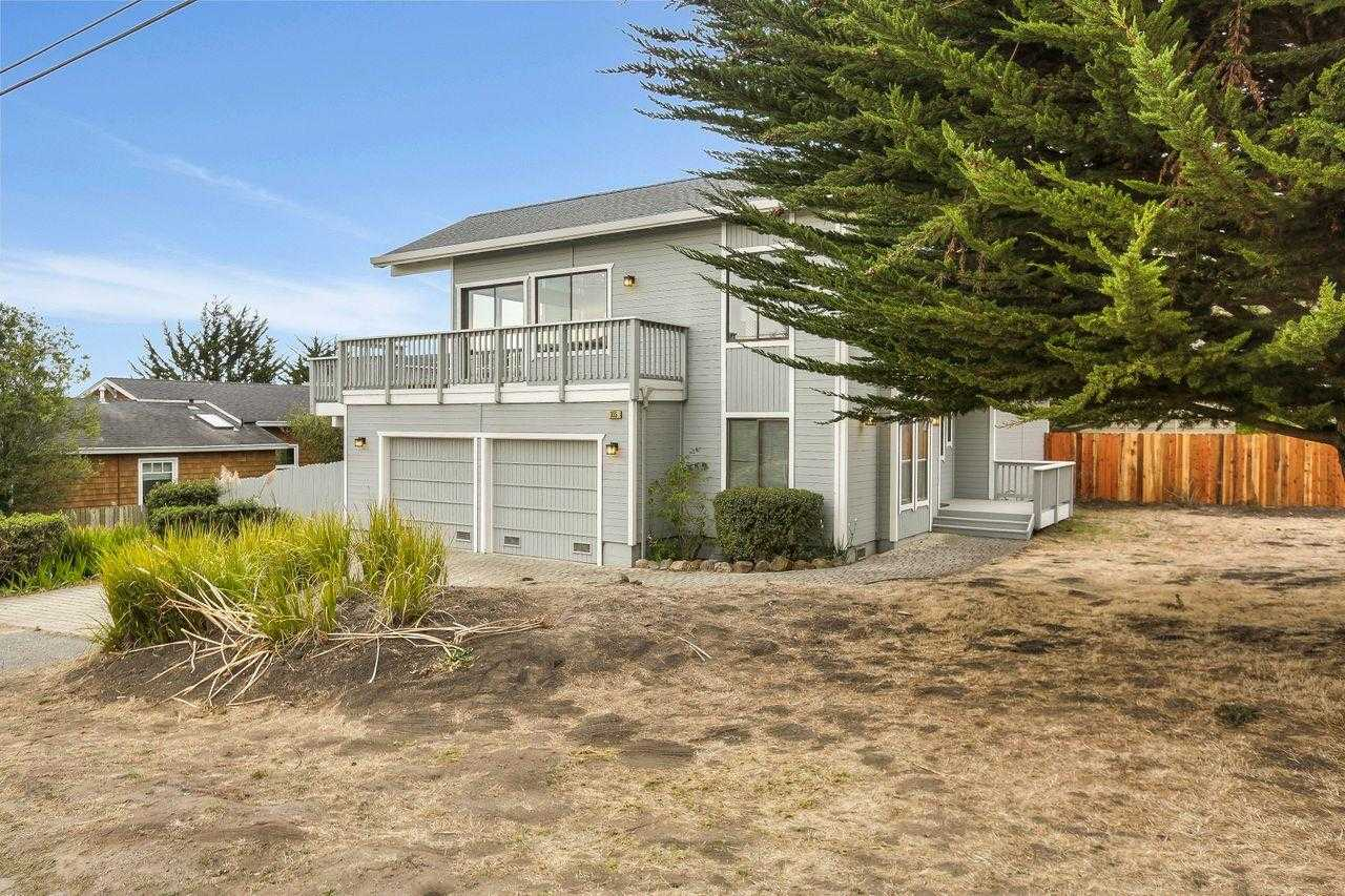 $1,449,000 - 3Br/3Ba -  for Sale in Half Moon Bay