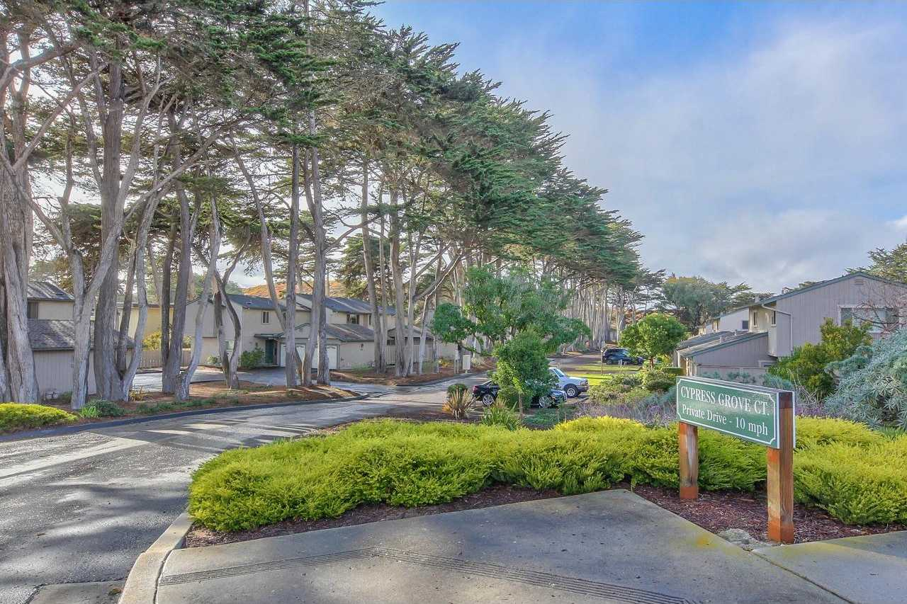 $479,000 - 2Br/2Ba -  for Sale in Marina
