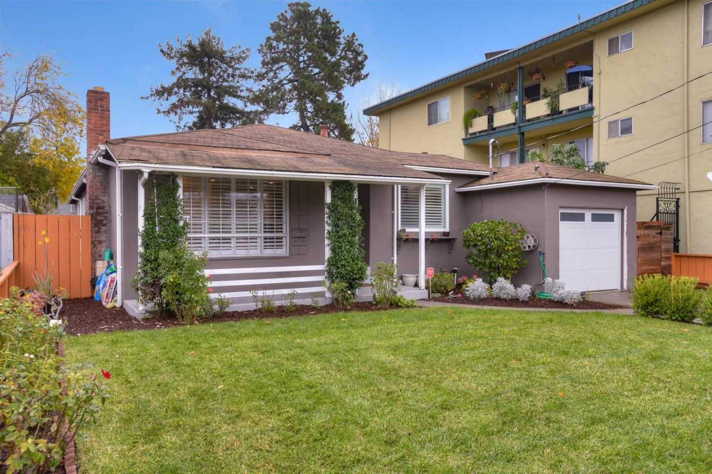 $1,299,950 - 3Br/3Ba -  for Sale in Redwood City