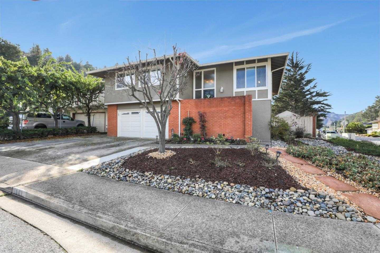 $1,348,000 - 4Br/3Ba -  for Sale in Pacifica