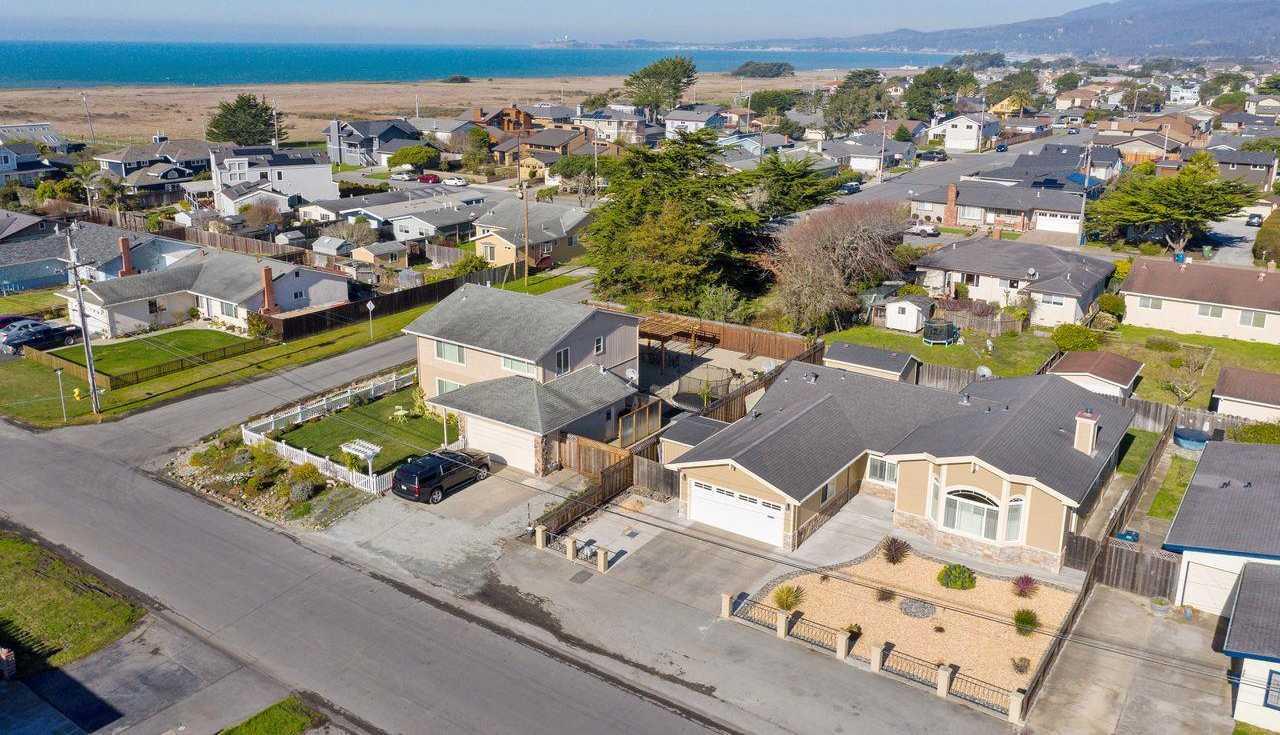 $1,449,000 - 4Br/3Ba -  for Sale in Half Moon Bay