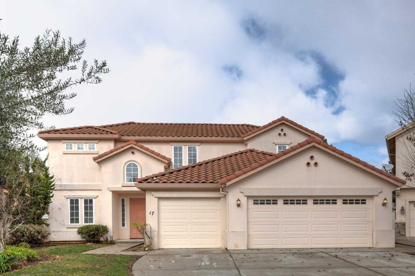 $629,900 - 4Br/3Ba -  for Sale in Salinas