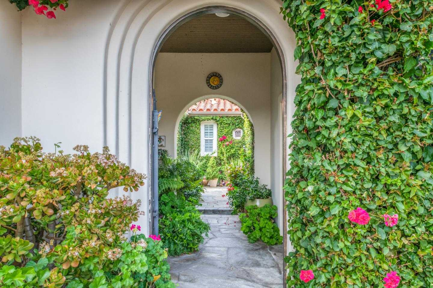 $1,650,000 - 3Br/4Ba -  for Sale in Monterey