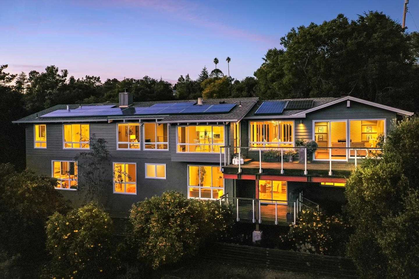 $3,498,000 - 5Br/4Ba -  for Sale in Redwood City