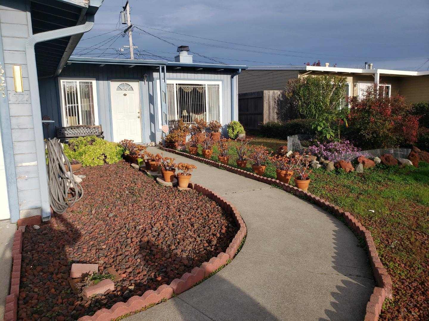 $950,000 - 3Br/1Ba -  for Sale in San Mateo