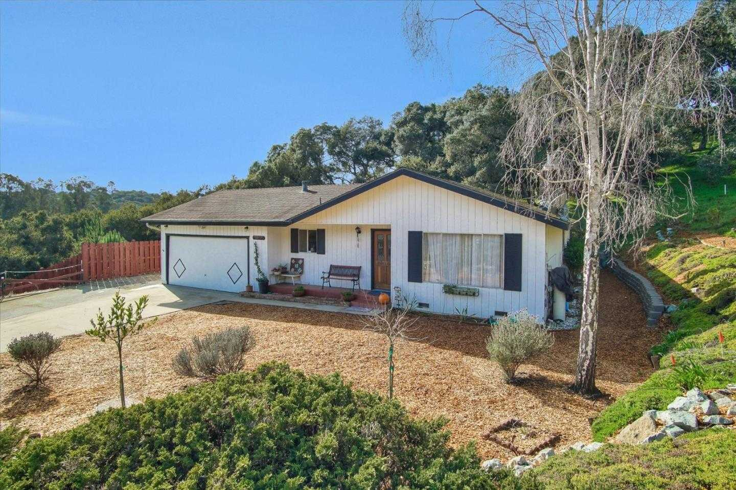 $599,000 - 3Br/2Ba -  for Sale in Salinas