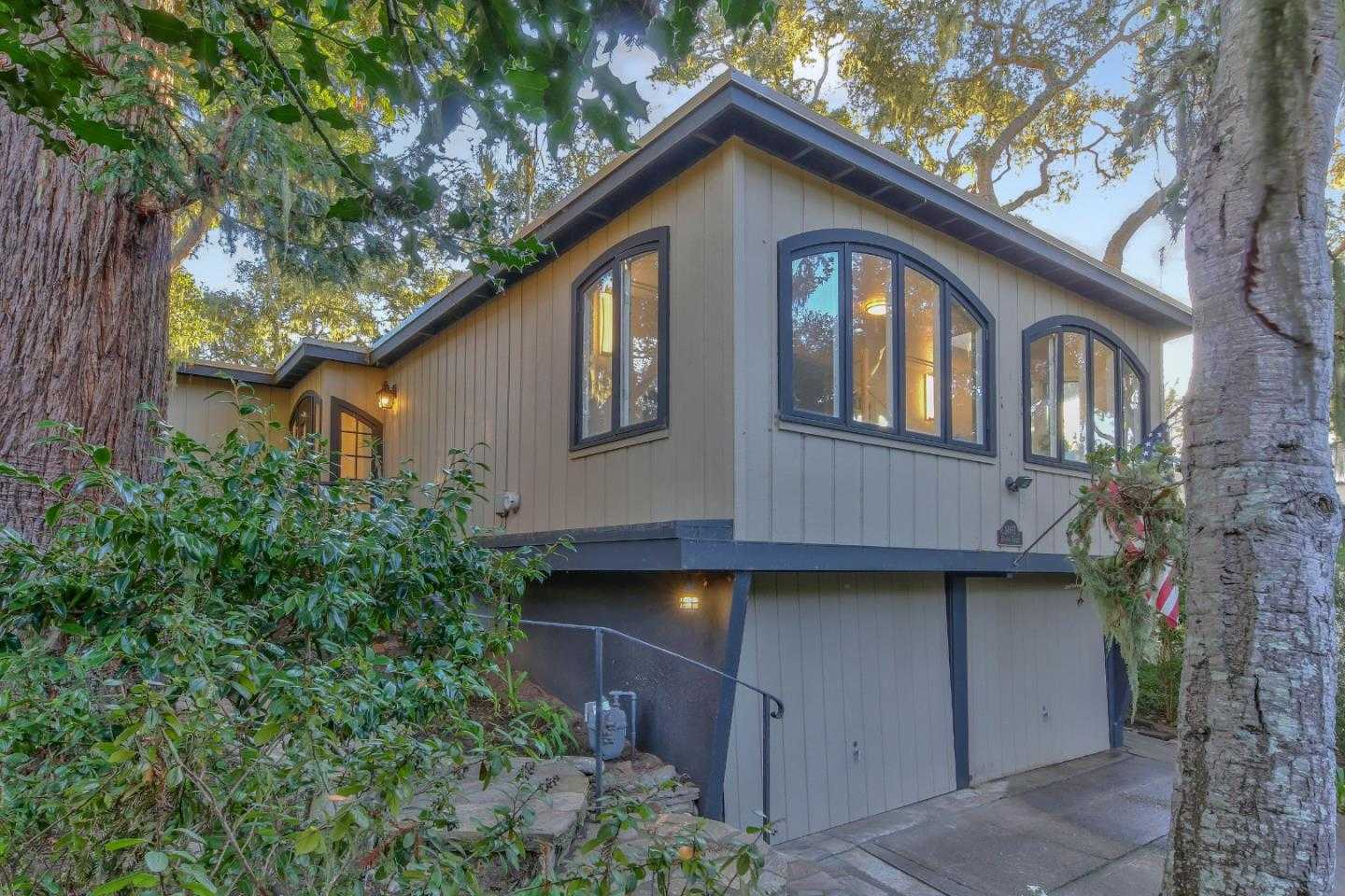 $1,178,000 - 3Br/2Ba -  for Sale in Carmel