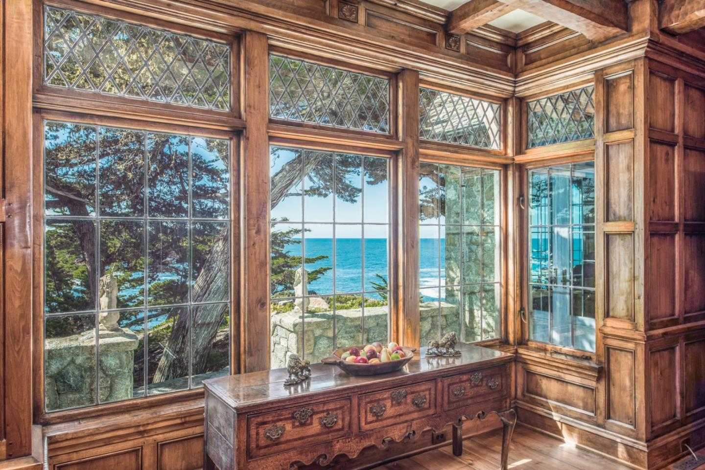 $30,000,000 - 4Br/5Ba -  for Sale in Pebble Beach