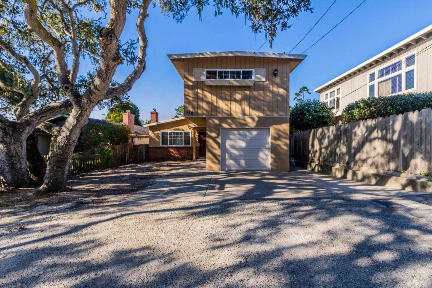 $810,000 - 3Br/2Ba -  for Sale in Pacific Grove