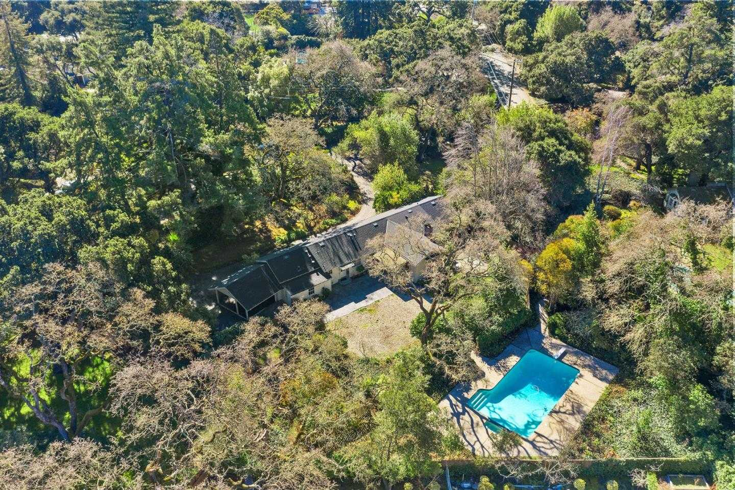 $5,295,000 - 3Br/3Ba -  for Sale in Atherton