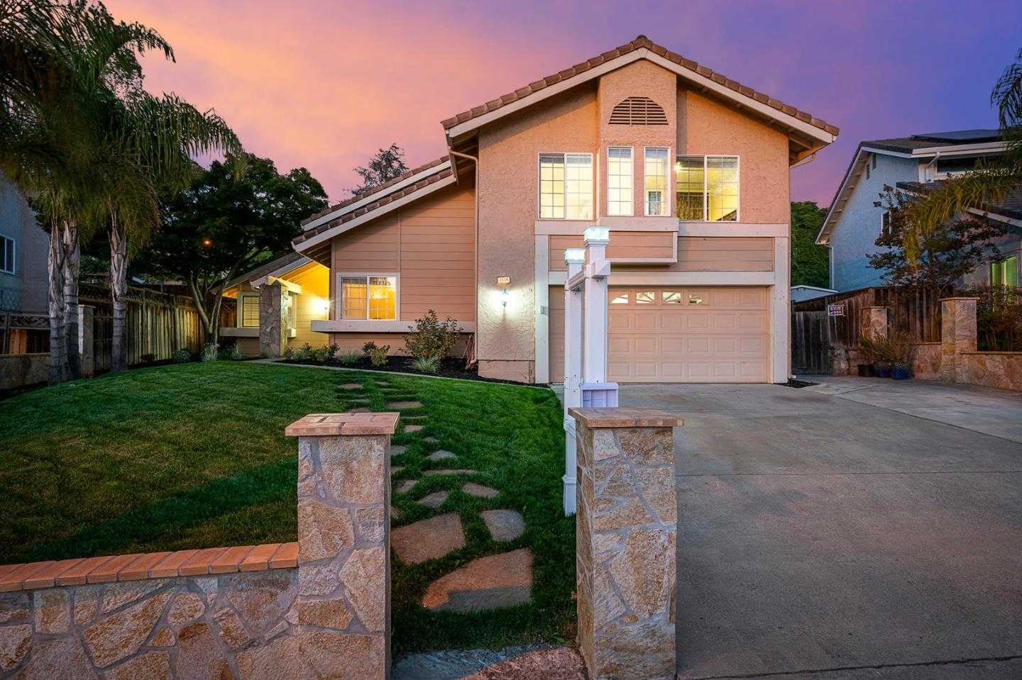 $1,188,800 - 4Br/3Ba -  for Sale in San Jose