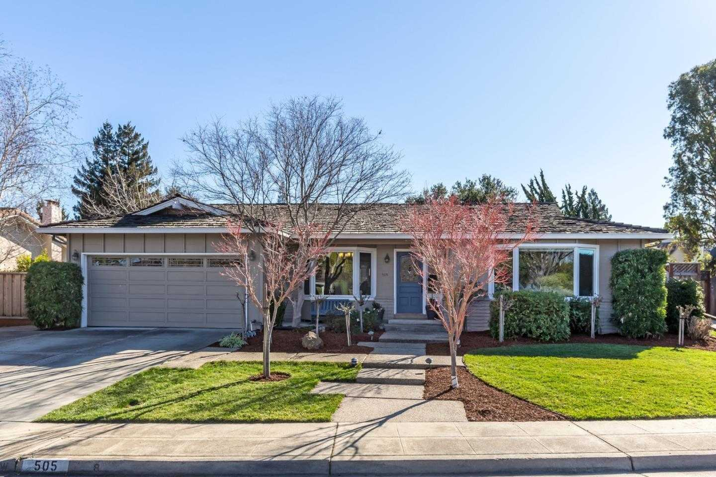 $2,998,000 - 4Br/3Ba -  for Sale in Mountain View