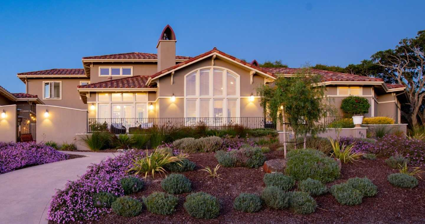$3,326,500 - 5Br/5Ba -  for Sale in Monterey