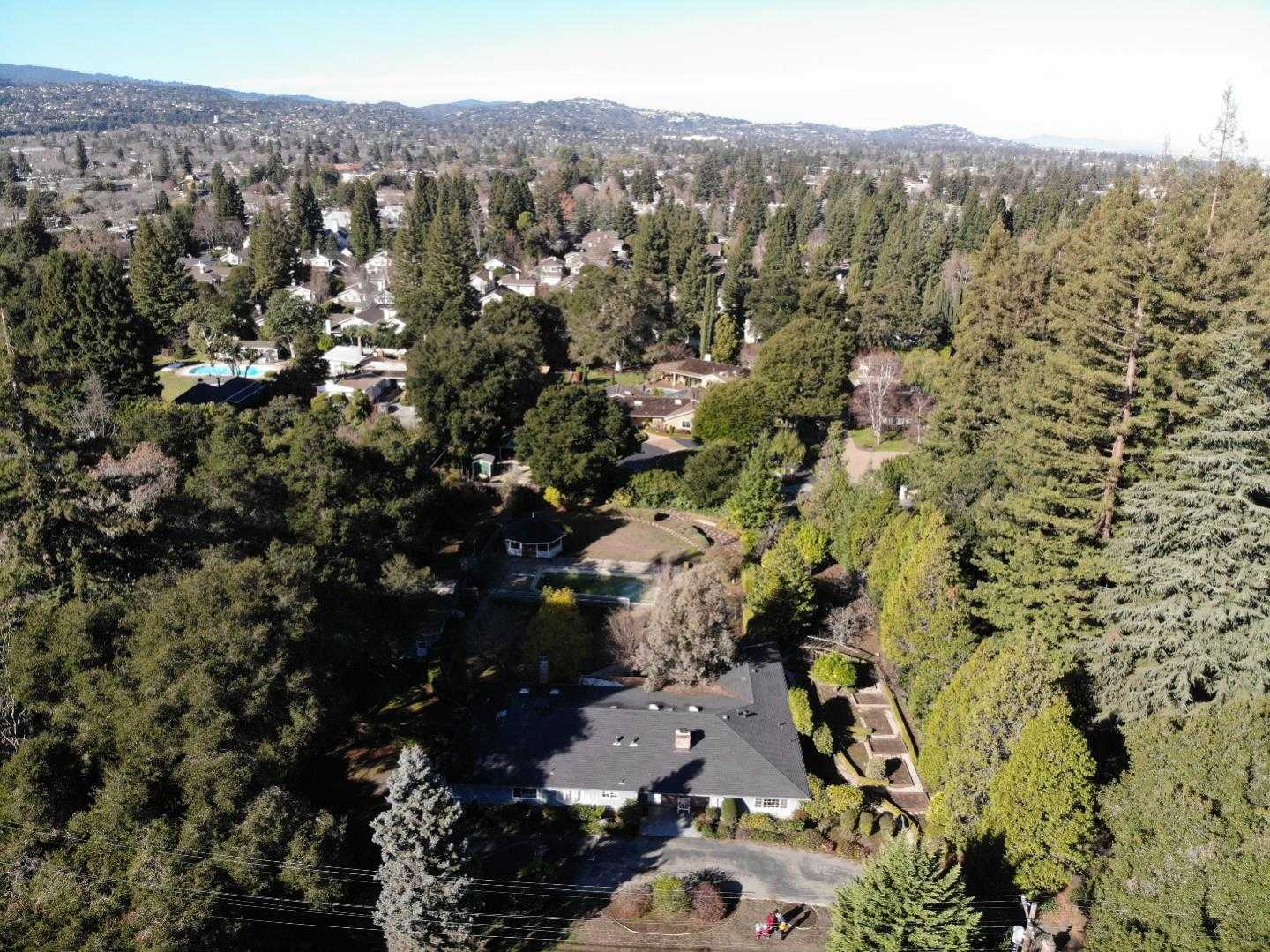 $6,280,000 - 3Br/3Ba -  for Sale in Atherton
