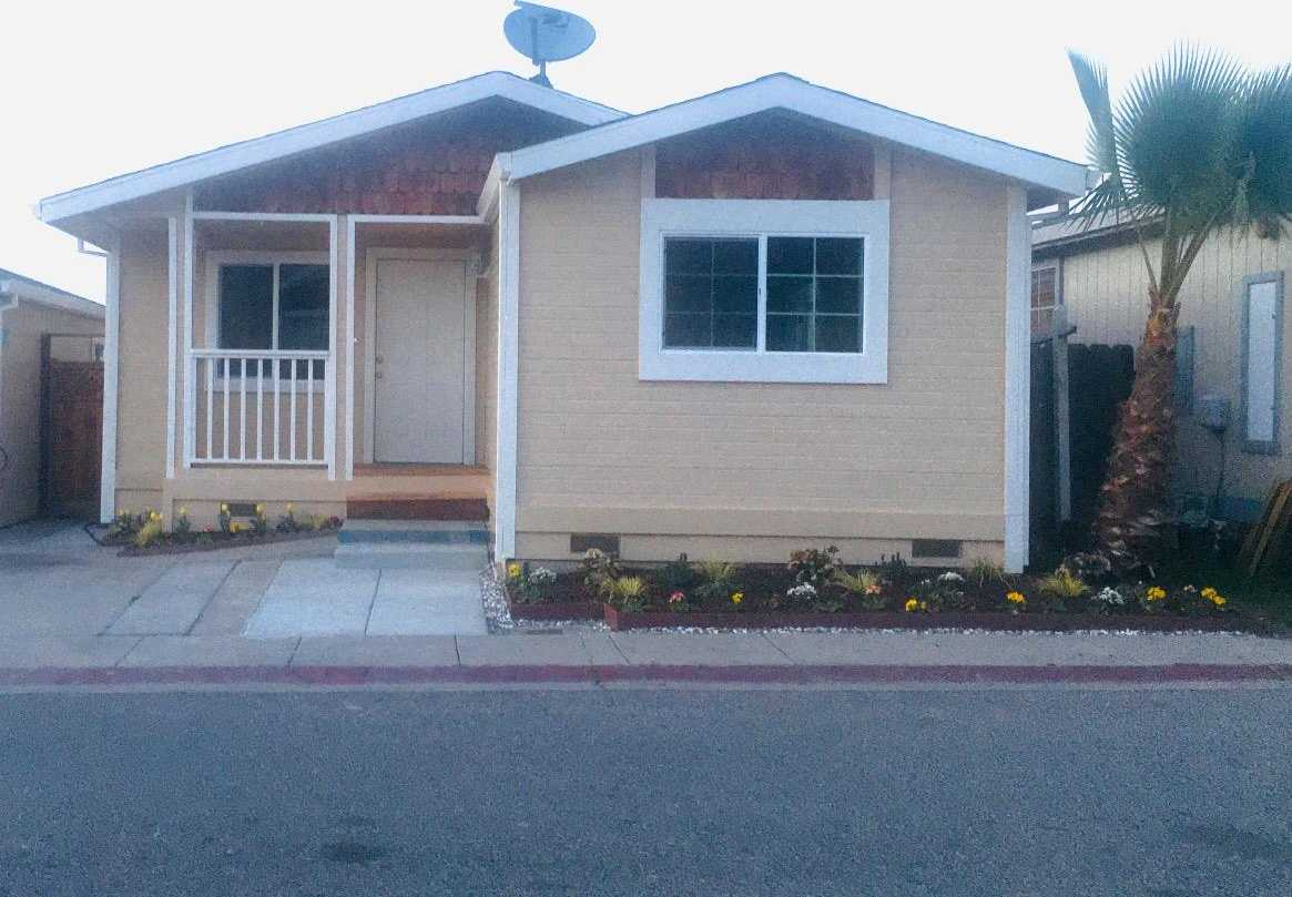 $389,900 - 3Br/2Ba -  for Sale in Salinas