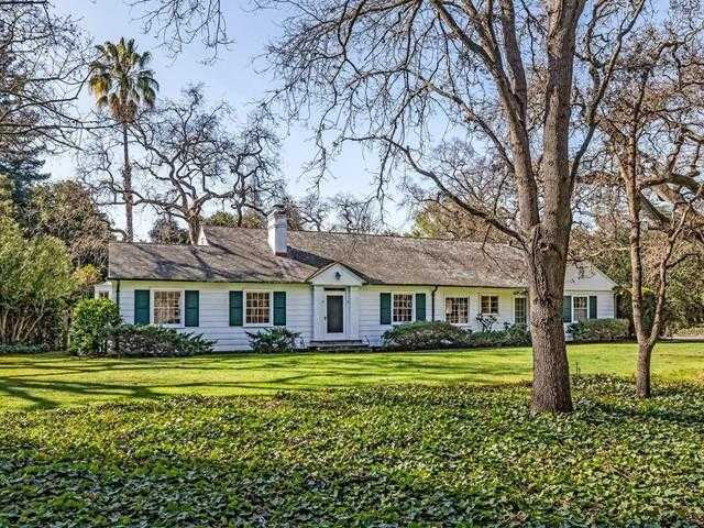 $6,150,000 - 3Br/3Ba -  for Sale in Atherton