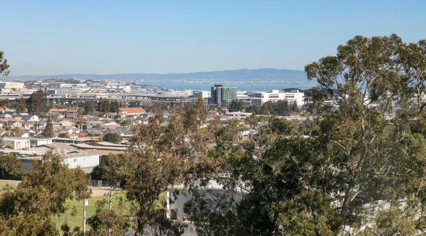 $1,899,999 - 3Br/3Ba -  for Sale in Millbrae