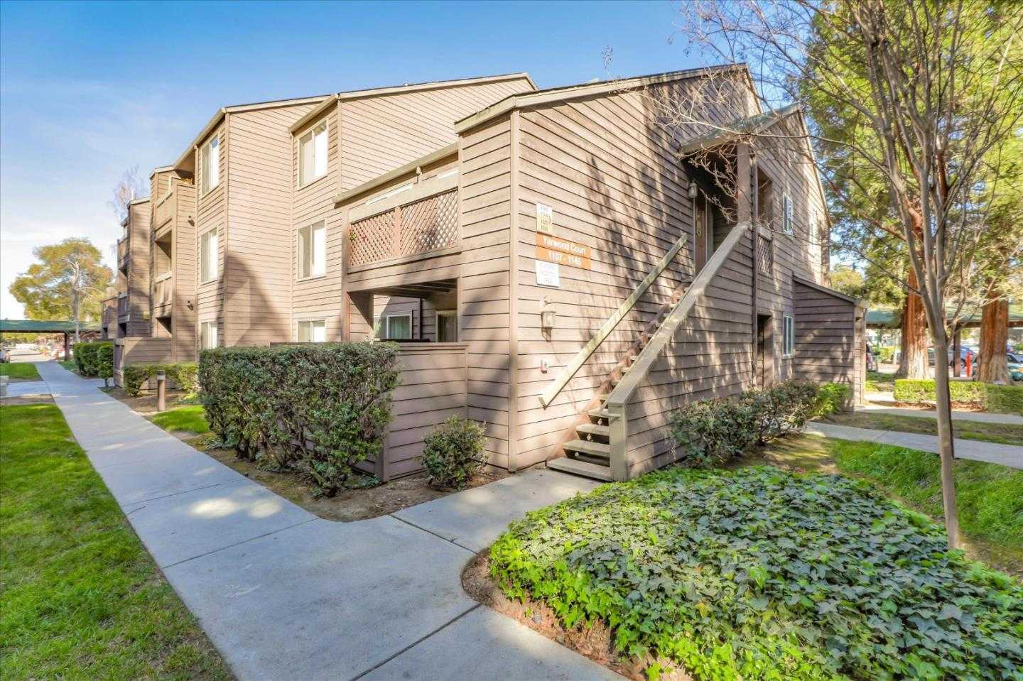 1143 Yarwood CT SAN JOSE, CA 95128