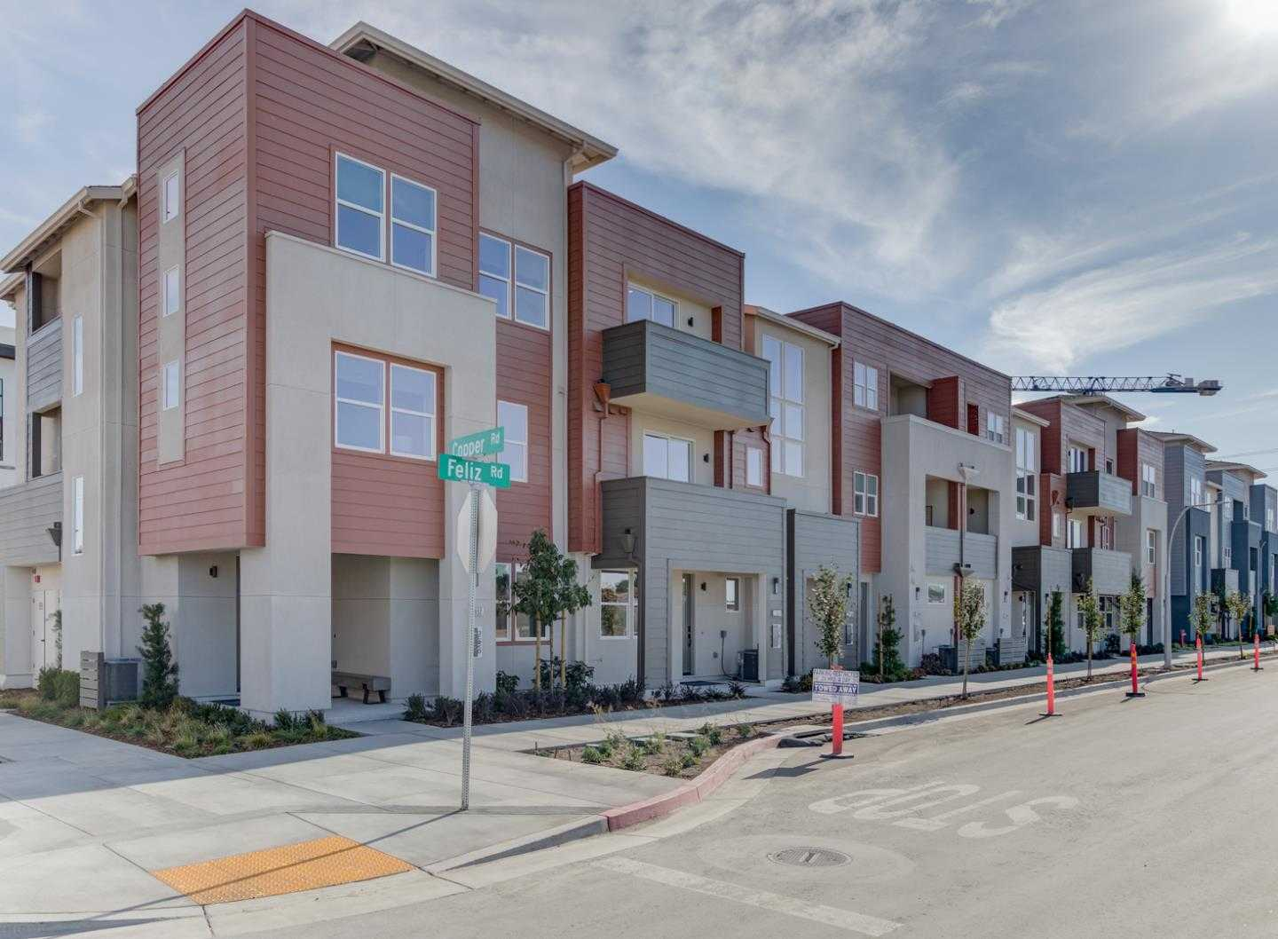 $1,288,000 - 2Br/3Ba -  for Sale in Santa Clara