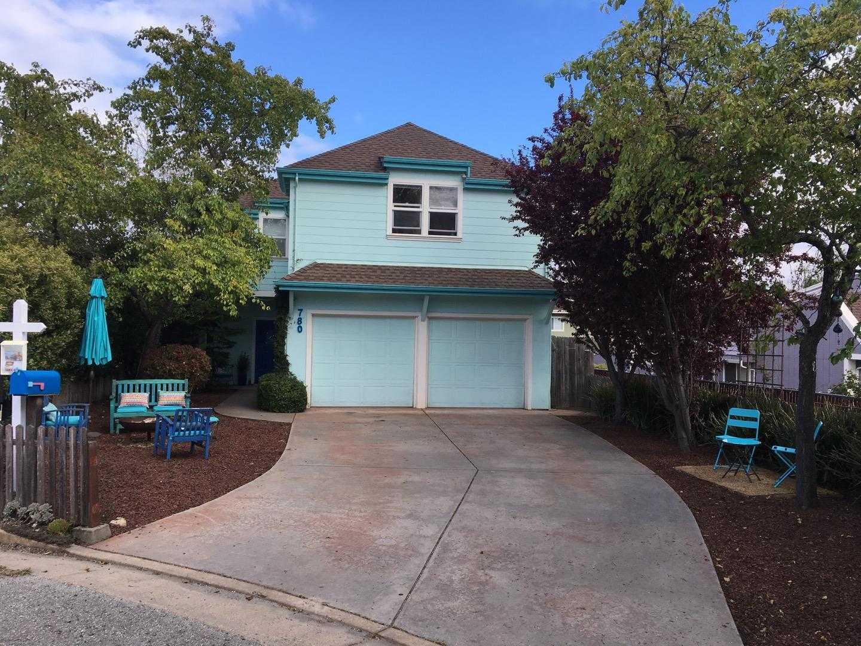 $1,049,000 - 3Br/3Ba -  for Sale in Santa Cruz
