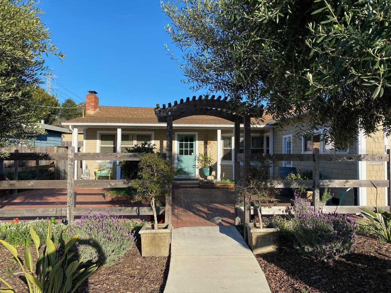$789,000 - 3Br/3Ba -  for Sale in Del Rey Oaks