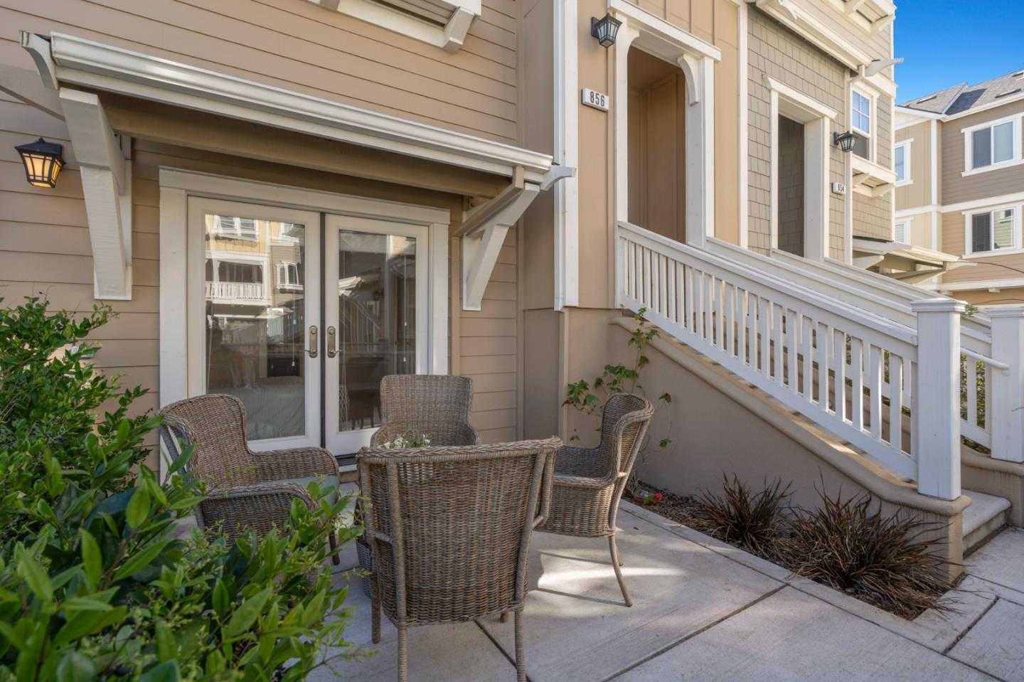 $1,588,000 - 4Br/4Ba -  for Sale in Mountain View