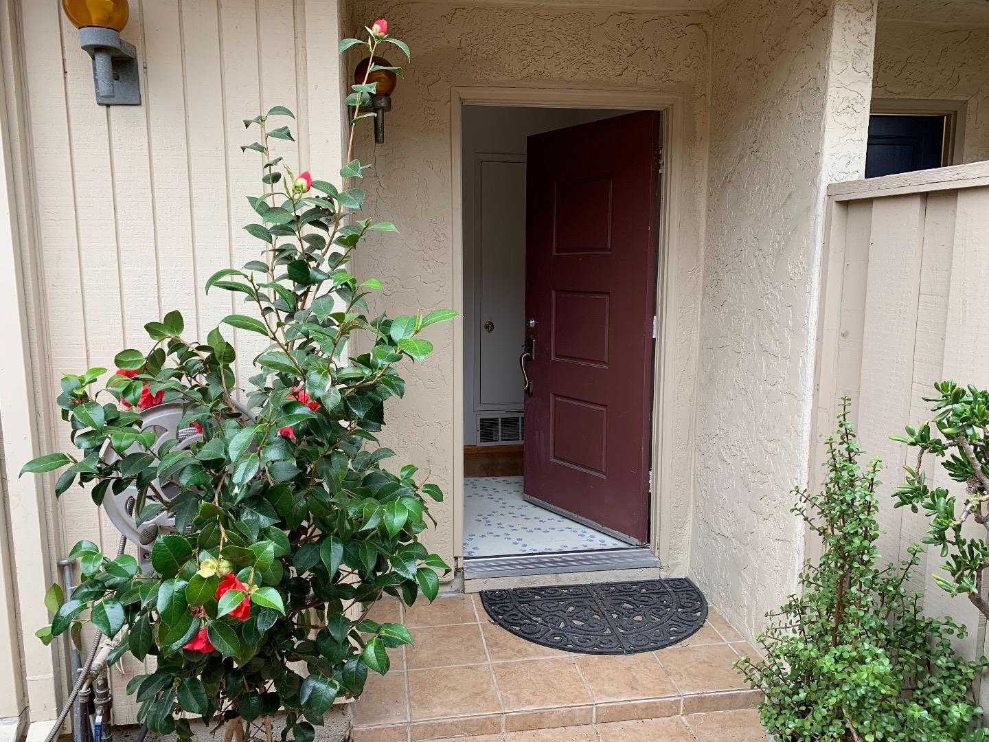 $799,500 - 2Br/3Ba -  for Sale in San Jose