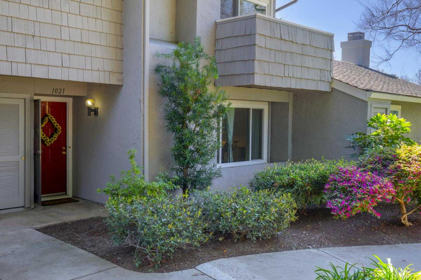 $875,000 - 2Br/3Ba -  for Sale in San Jose