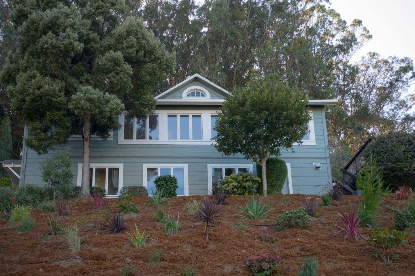 $1,600,000 - 3Br/2Ba -  for Sale in Pacifica