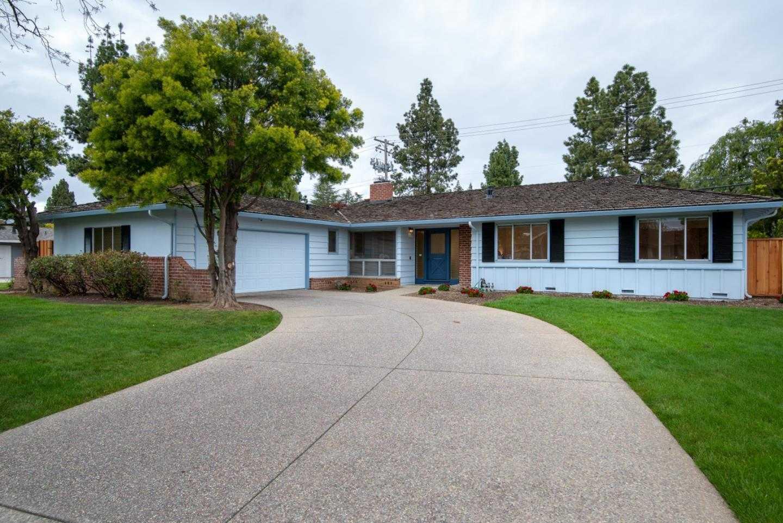 $2,748,000 - 3Br/3Ba -  for Sale in Los Altos