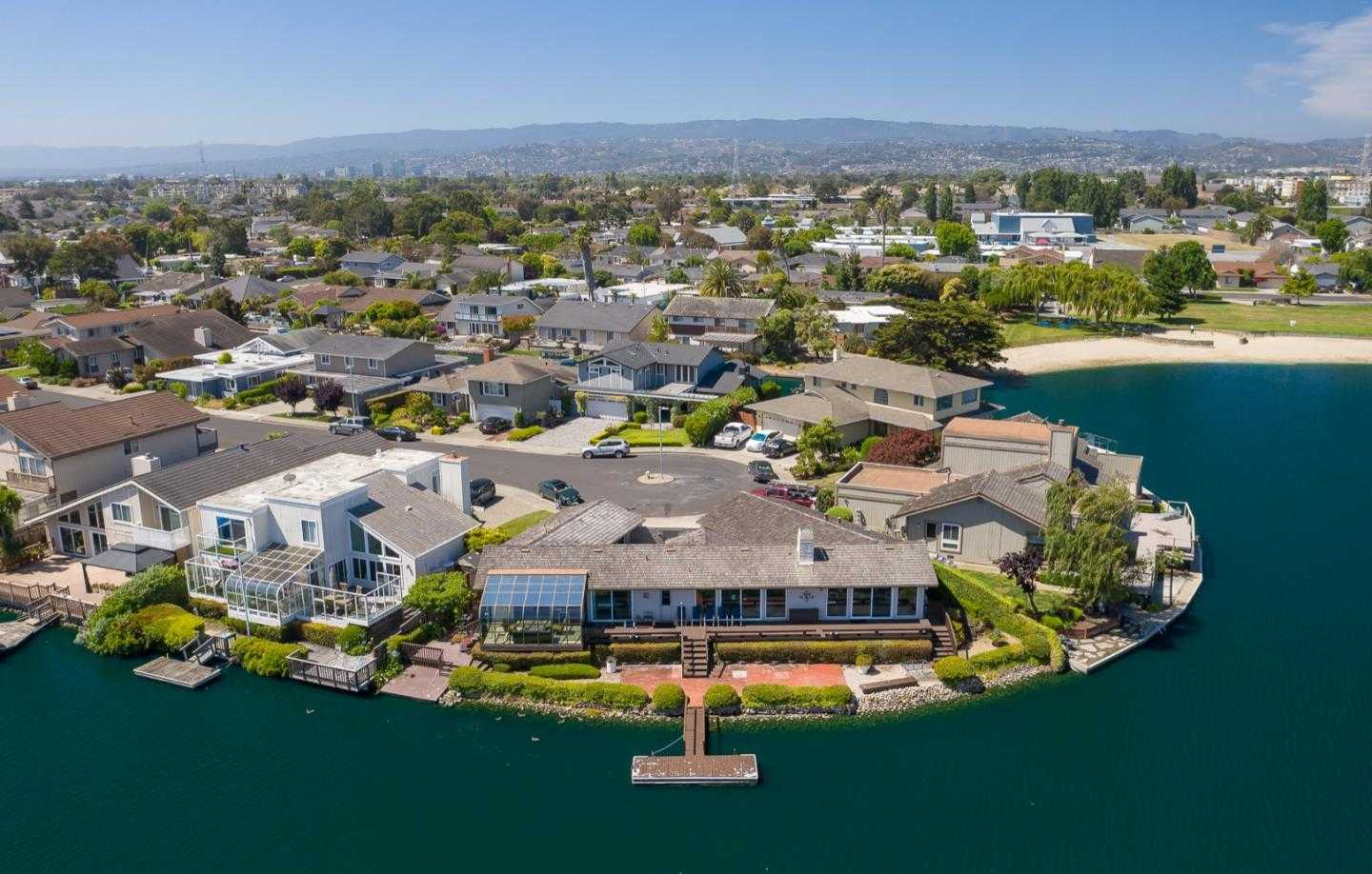 $2,880,000 - 3Br/2Ba -  for Sale in Foster City