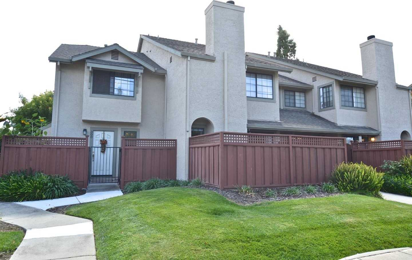 $809,000 - 2Br/2Ba -  for Sale in Campbell