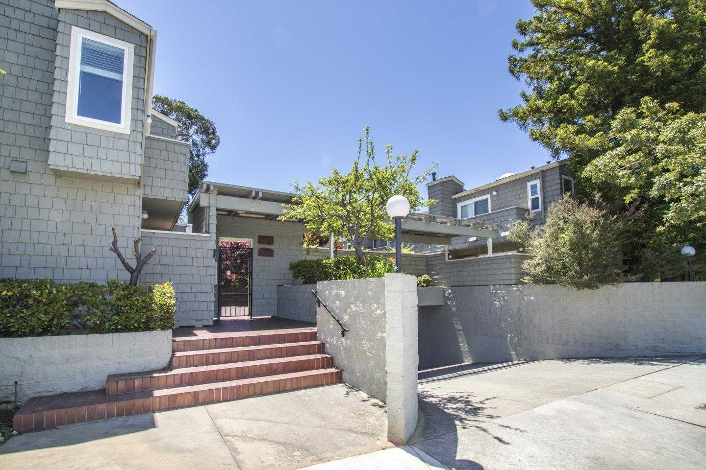 $949,000 - 2Br/3Ba -  for Sale in San Mateo